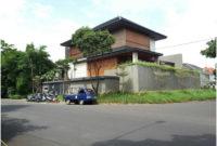 desain atap yang lebar pada rumah minimalis modern gaya jepang 200x135 » Inilah Desain Rumah Idaman Untuk Keluarga Kecil Yang Menarik