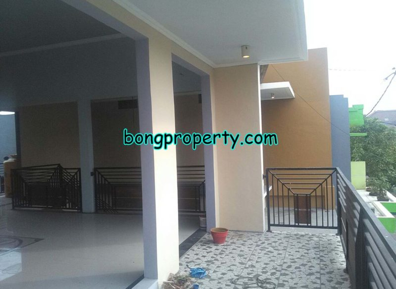 desain balkon eksterior rumah tingkat minimalis 800x583 - Desain Balkon Rumah Tingkat Minimalis 2 Lantai