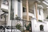 desain eksterior rumah klasik gaya eropa 200x135 » Inspirasi Desain Rumah Tingkat 2 Lantai Bergaya Eropa