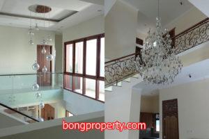 desain plafon rumah tingkat modern 300x200 - Aneka Pilihan Desain Plafon Rumah Tingkat 2 Lantai Terbaik