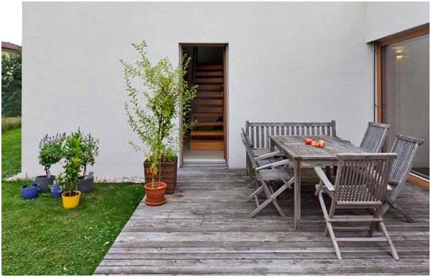 hiasi taman belakang rumah dengan tempat duduk » Kumpulan Ide Kreatif Mendekorasi Taman Belakang Rumah