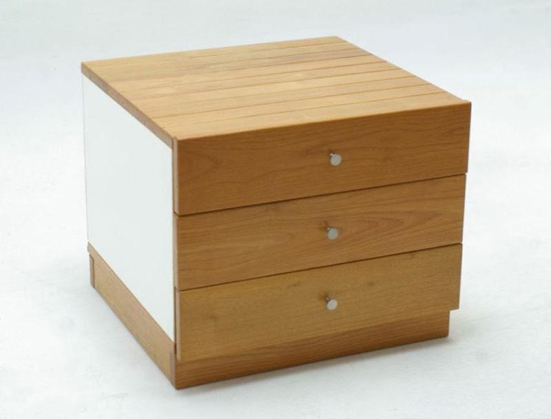 meja nakas estetis fungsional 800x608 - Memilih Meja Nakas, Pilih yang Baik, Estetis, dan Fungsional