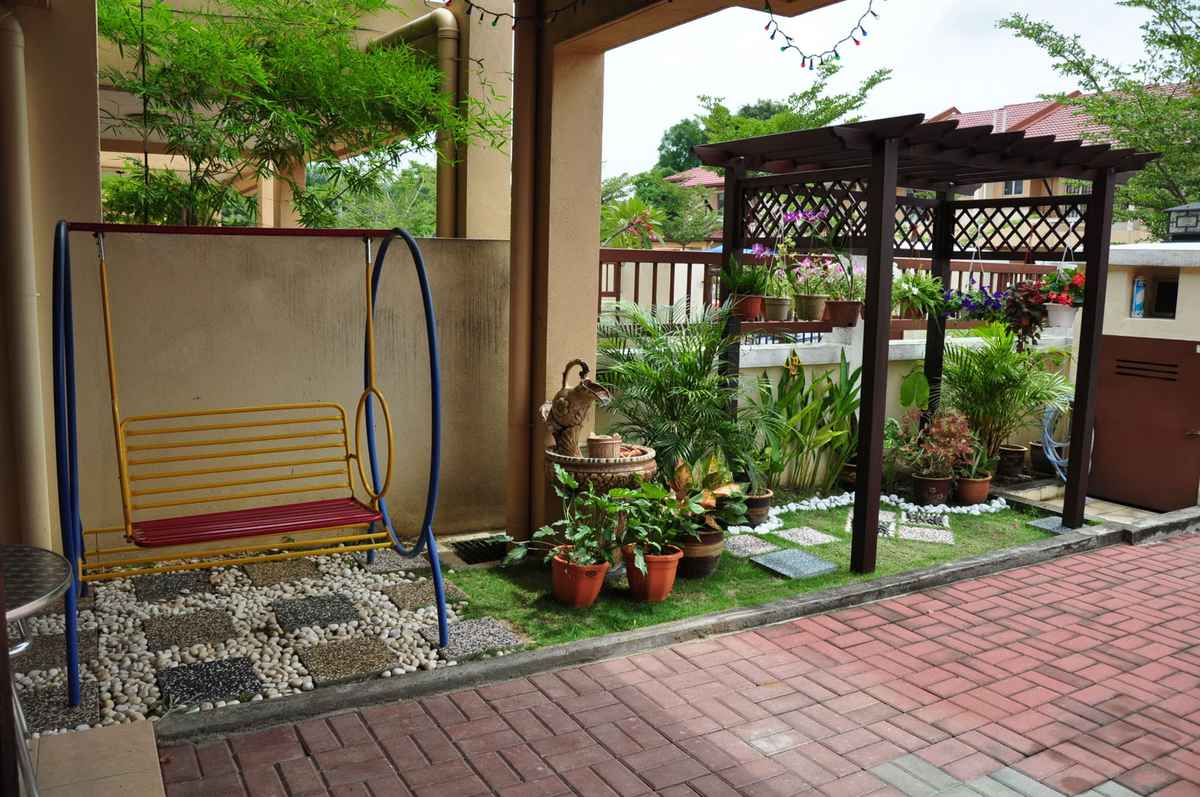 menghadirkan ayunan sebagai tempat duduk atau pun hiburan bagi anak » Inspirasi Desain Taman yang Akan Membuat Hati dan Pikiran Nyaman