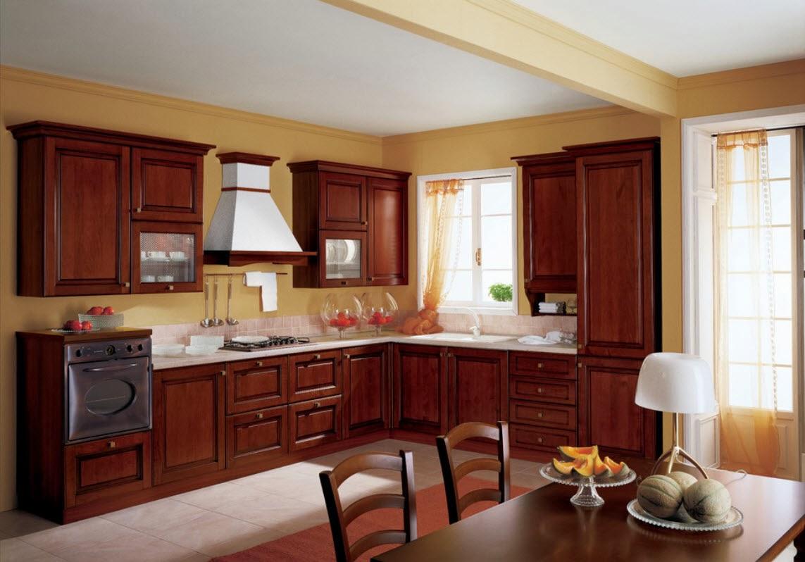 perpaduan warna kuning dan cokelat membuat tampilan dapur terlihat lebih terawat » Kegiatan Memasak Menjadi Lebih Menyenangkan di Dapur yang Menggembirakan